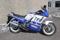 Motorrad kaufen Occasion YAMAHA FZ 750 (sport)