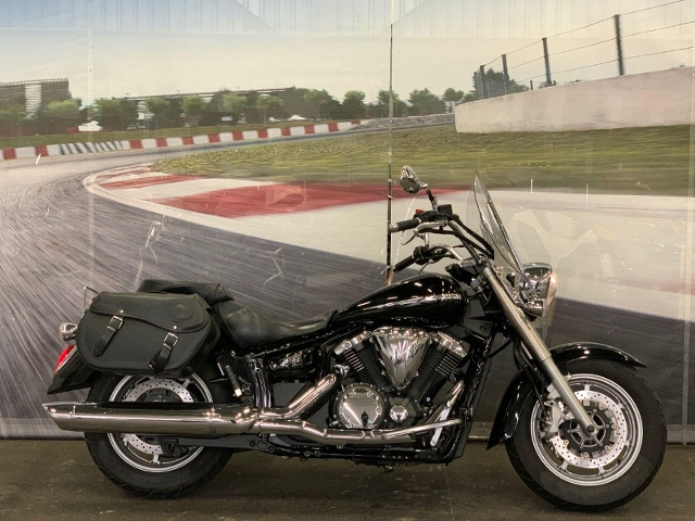 Motorrad kaufen YAMAHA XVS 1300 A Midnight Star UBS Occasion