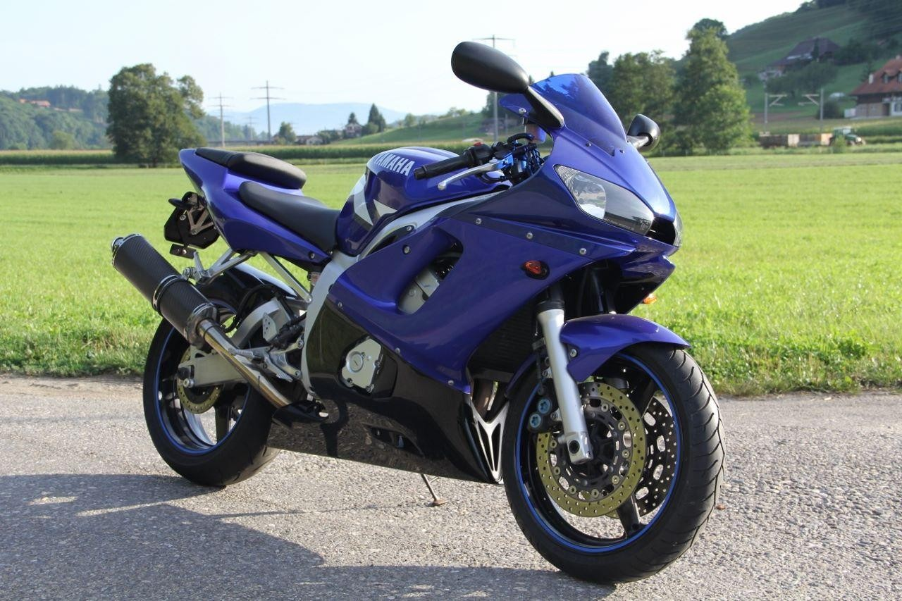YAMAHA YZF R6 25kW Pre Owned