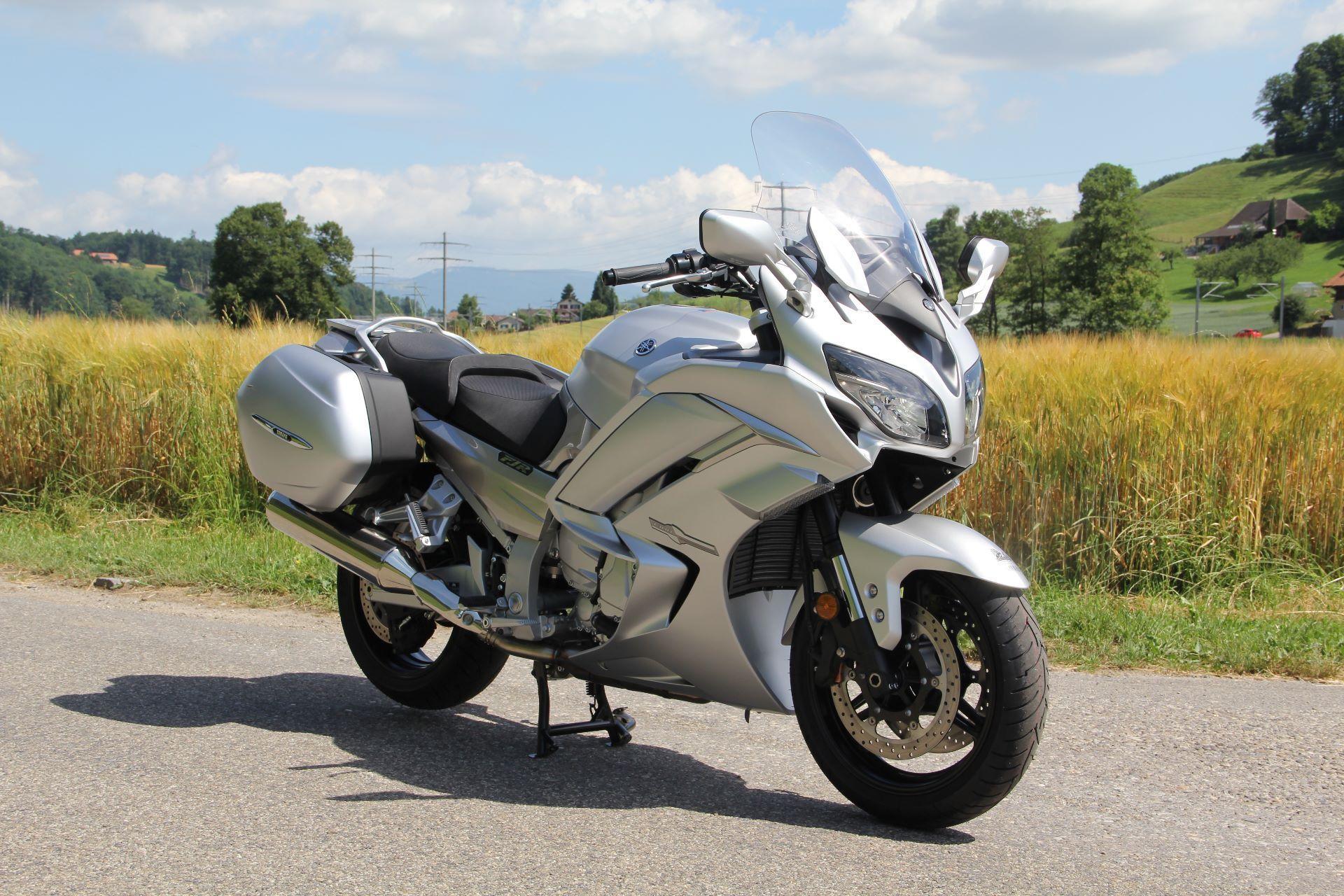 motorrad occasion kaufen yamaha fjr 1300 ae abs moto. Black Bedroom Furniture Sets. Home Design Ideas