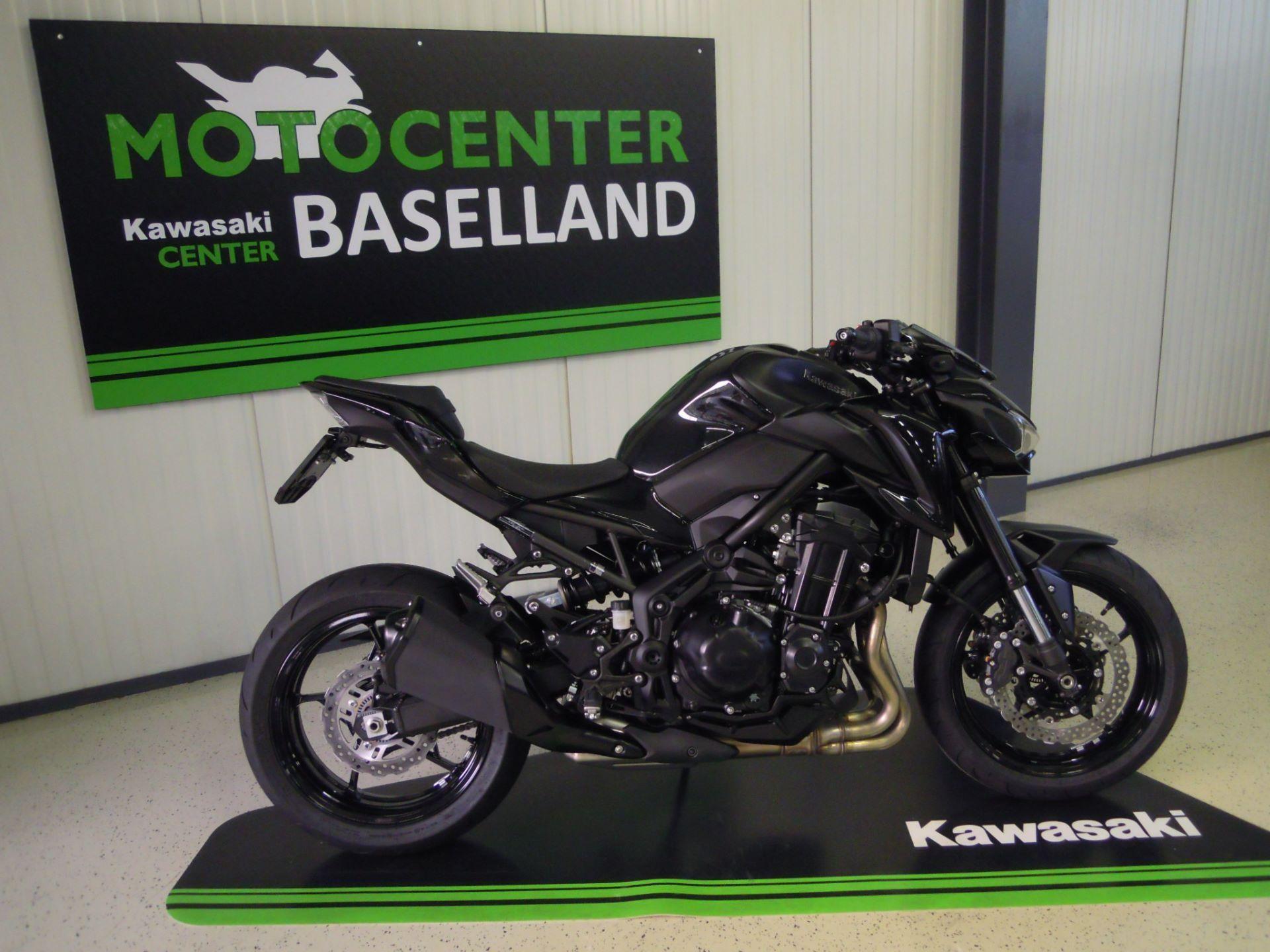 Kawasaki Z 900 Black Edition Auch Als 35kw Motocenter