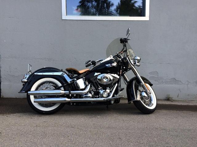 Motorrad kaufen HARLEY-DAVIDSON FLSTN 1584 Softail Deluxe Occasion