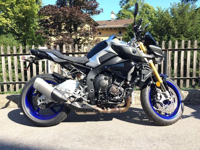 Motorrad kaufen YAMAHA MT 10 SP ÖHLINS FAHRWERK Occasion