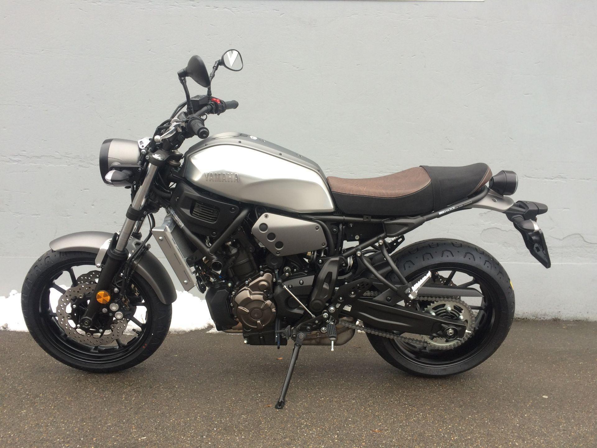motorrad neufahrzeug kaufen yamaha xsr 700 abs breu motos. Black Bedroom Furniture Sets. Home Design Ideas