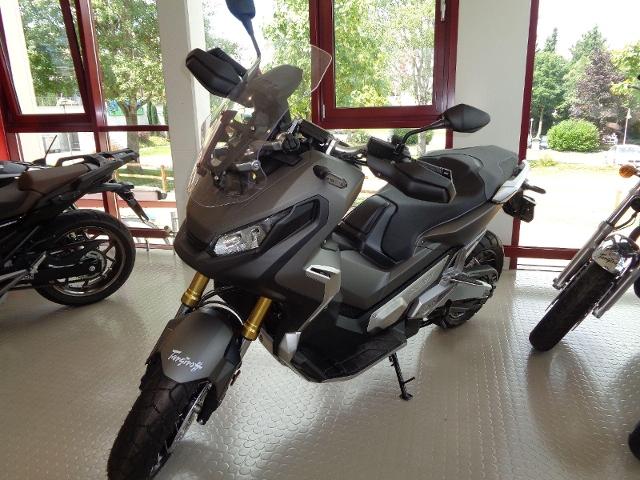 Motorrad kaufen HONDA X-ADV 750 Neufahrzeug