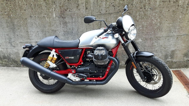 Motorrad kaufen MOTO GUZZI V7 III Racer Vorjahresmodell