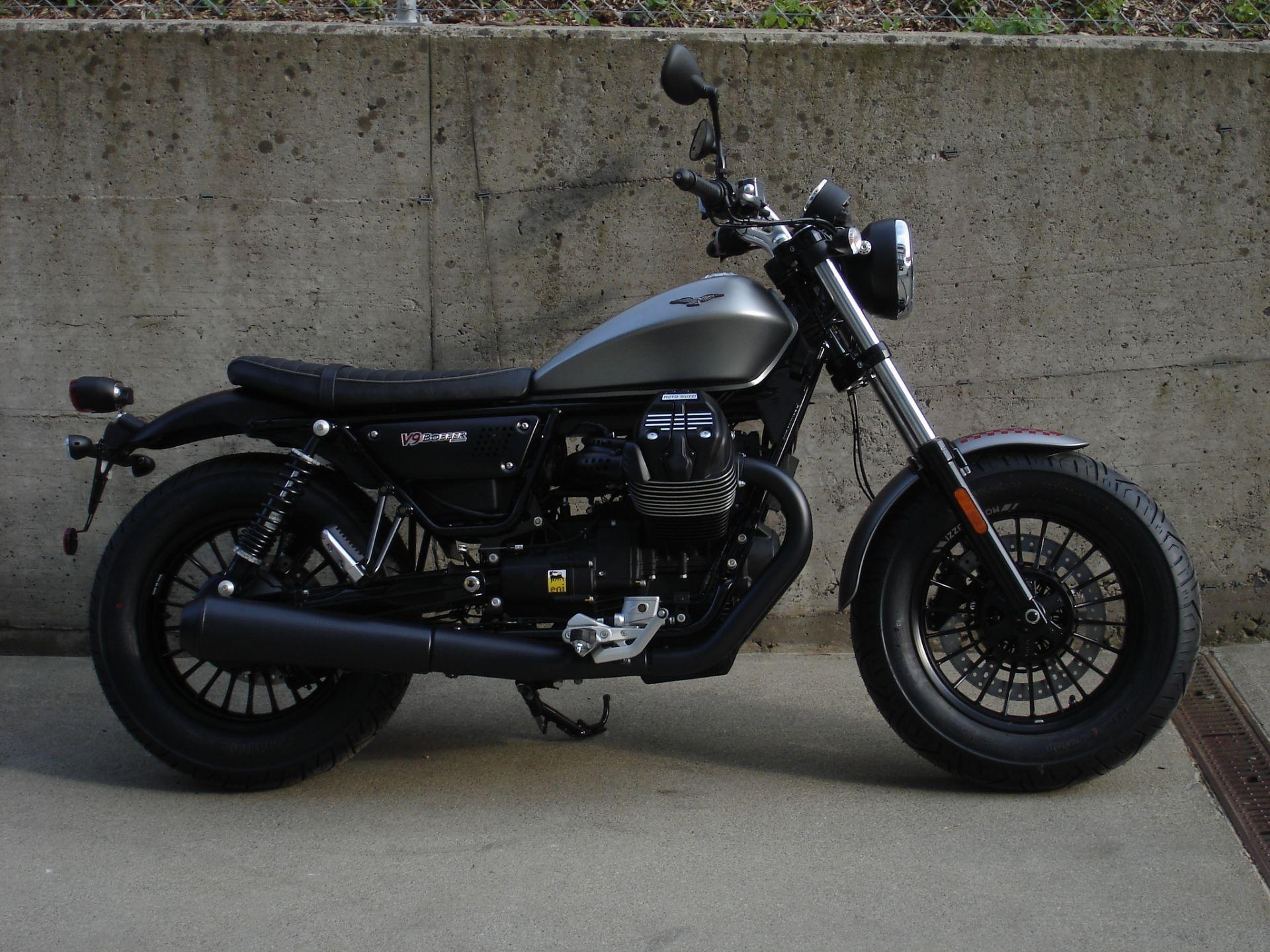 motorrad neufahrzeug kaufen moto guzzi v9 bobber abs la. Black Bedroom Furniture Sets. Home Design Ideas