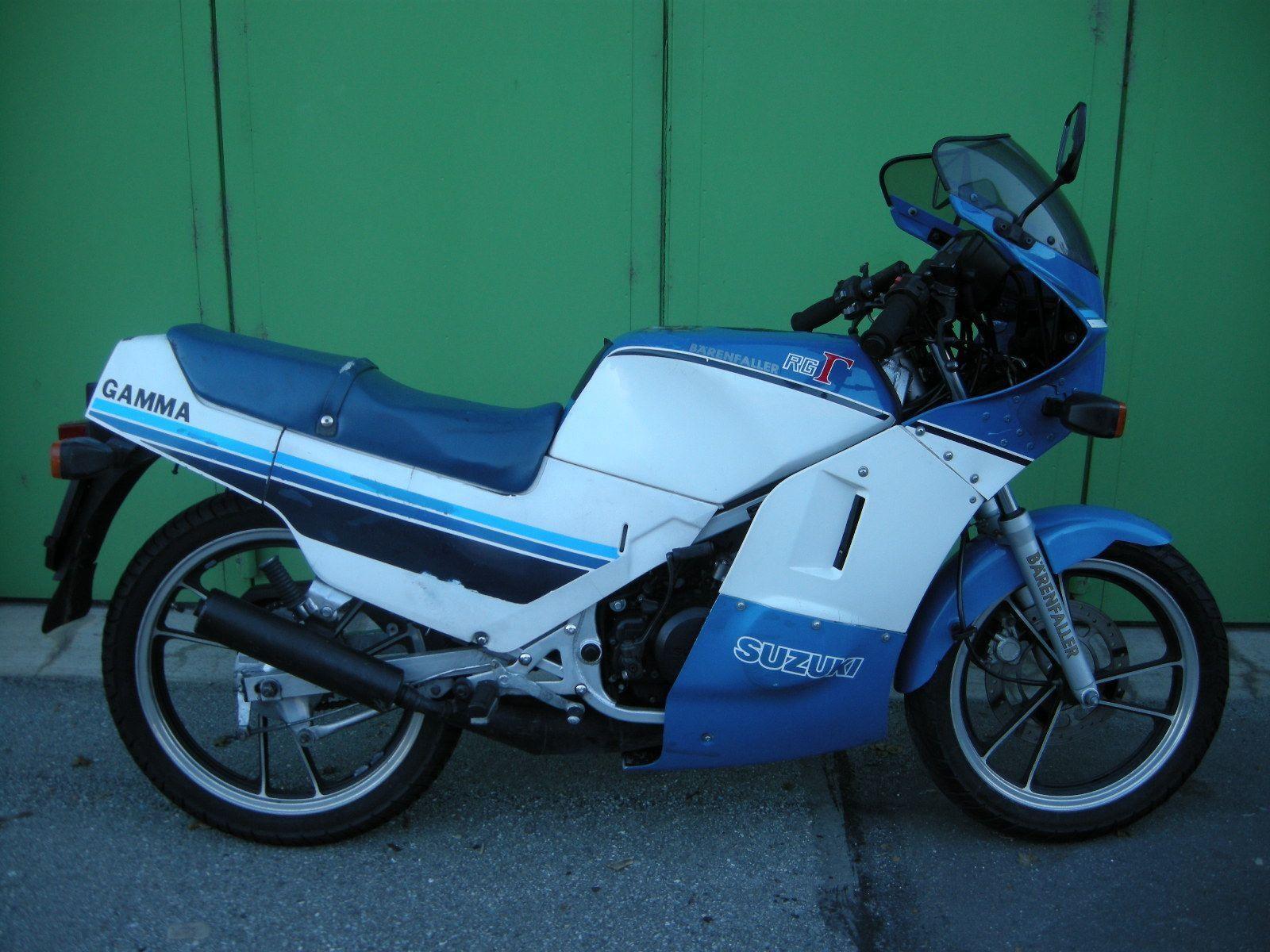 motorrad oldtimer kaufen suzuki rg 125 b renfaller moto. Black Bedroom Furniture Sets. Home Design Ideas