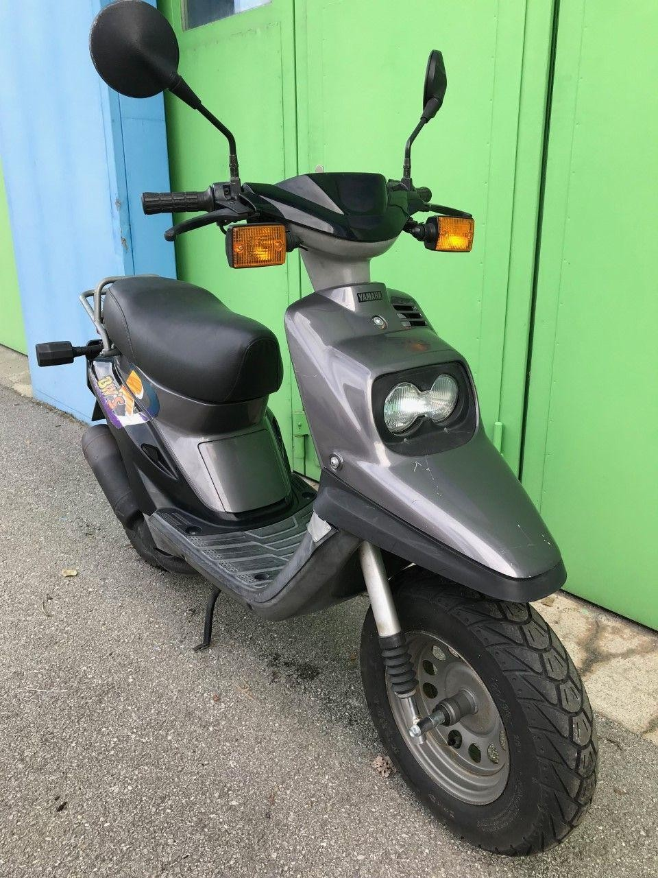 moto occasions acheter yamaha bws 50 45km h b renfaller moto shop brig gamsen. Black Bedroom Furniture Sets. Home Design Ideas