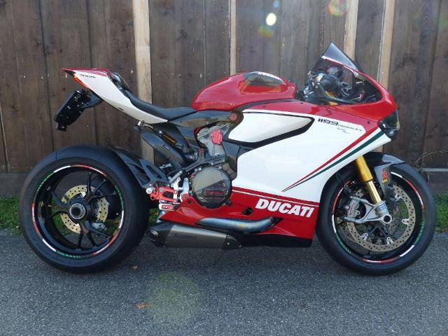 Motorrad kaufen DUCATI 1199 Superbike Panigale S Tricolore ABS Occasion