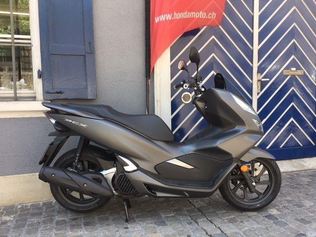Motorrad kaufen HONDA PCX WW 125 A Modell 2019 mit ABS Winter Aktion Neufahrzeug