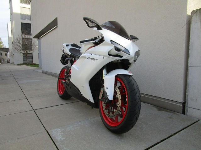 Motorrad kaufen DUCATI 848 Superbike Occasion