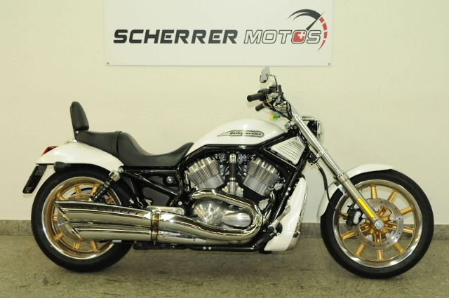 Motorrad kaufen HARLEY-DAVIDSON VRSCB 1130 V-Rod Occasion