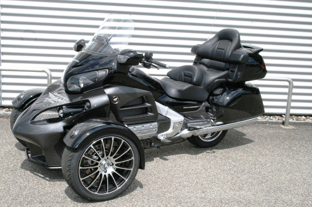 Motorrad kaufen HONDA GL 1800 Gold Wing ABS Luxury Edition Sturgis Reversed Trike  R18 Occasion