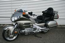 Motorrad kaufen Occasion HONDA GL 1800 Gold Wing ABS (touring)