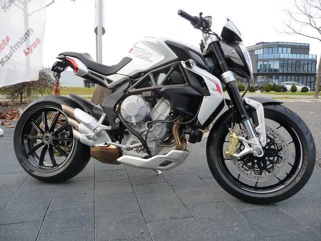 Motorrad kaufen MV AGUSTA Brutale 800 Dragster ABS Vorjahresmodell