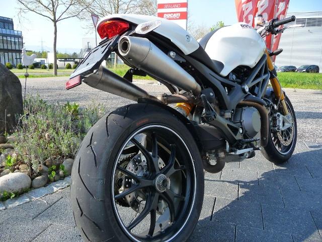 Motorrad kaufen DUCATI 1100 Monster S Occasion