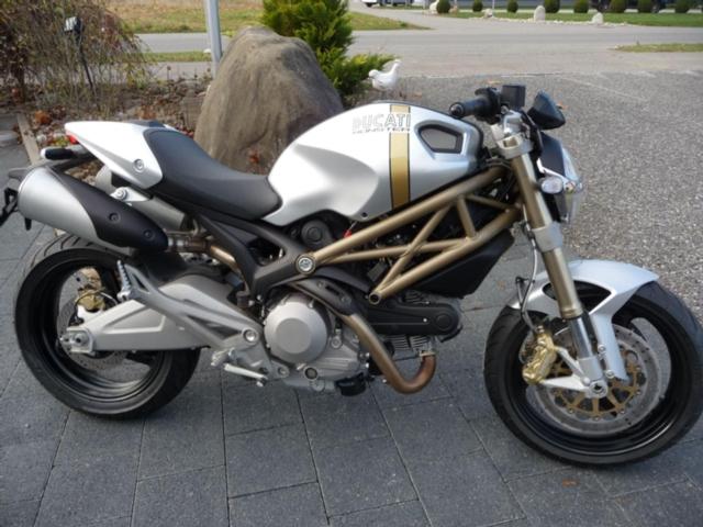 Motorrad kaufen DUCATI 696 Monster ABS Neufahrzeug