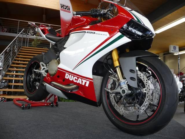 Motorrad kaufen DUCATI 1199 Superbike Panigale S Tricolore ABS Neufahrzeug