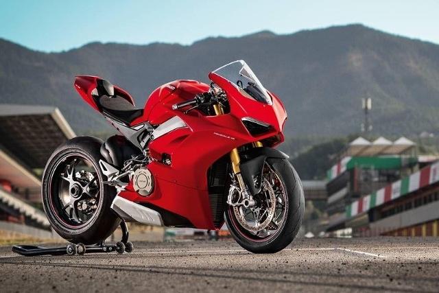 Motorrad kaufen DUCATI Spezial V4 S Neufahrzeug
