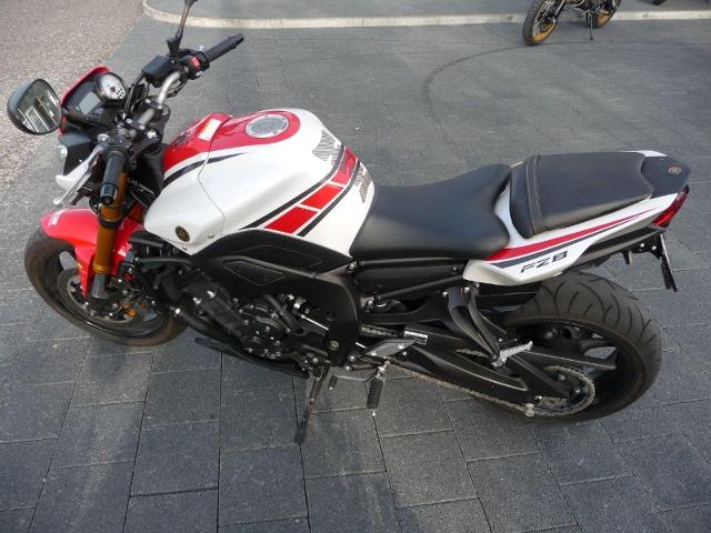 Motorrad kaufen YAMAHA FZ 8 NA ABS Occasion