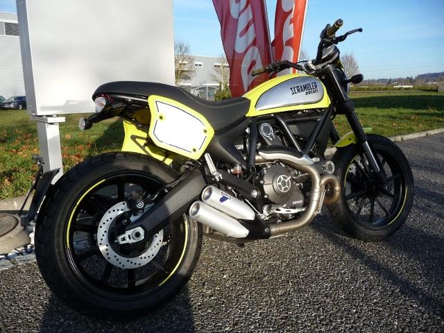 Motorrad kaufen DUCATI 800 Scrambler FLAT TRACK Neufahrzeug