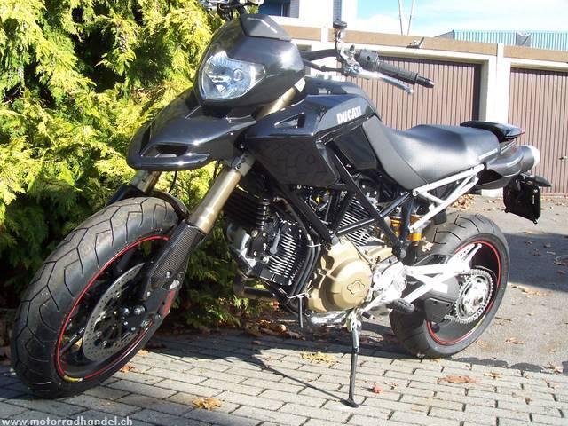 Motorrad kaufen DUCATI 1100 Hypermotard S Vorführmodell