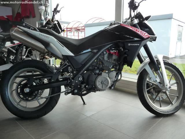 Motorrad kaufen HUSQVARNA 650 TR Strada ABS Vorjahresmodell