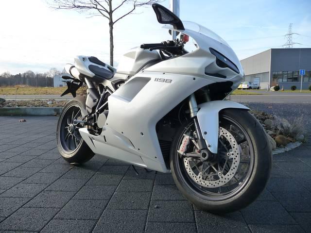 Motorrad kaufen DUCATI 1198 Vorjahresmodell