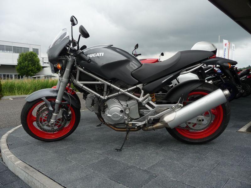 Motorrad Mieten & Roller Mieten DUCATI 620 I.E. Monster