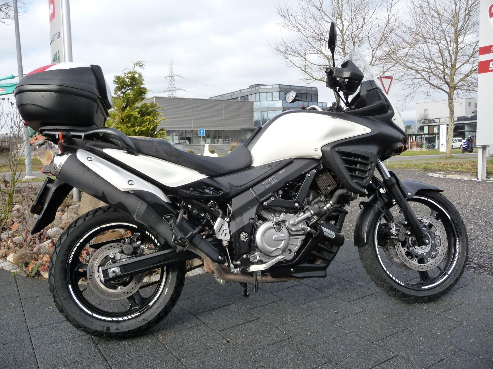 moto occasions acheter suzuki dl 650 a v strom abs moto kaufmann lyss lyss. Black Bedroom Furniture Sets. Home Design Ideas