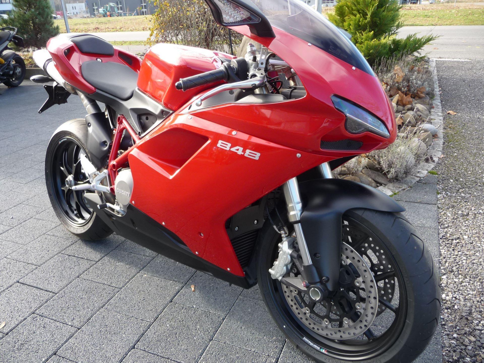 Moto neuve acheter ducati 848 superbike moto kaufmann lyss for Acheter neuve