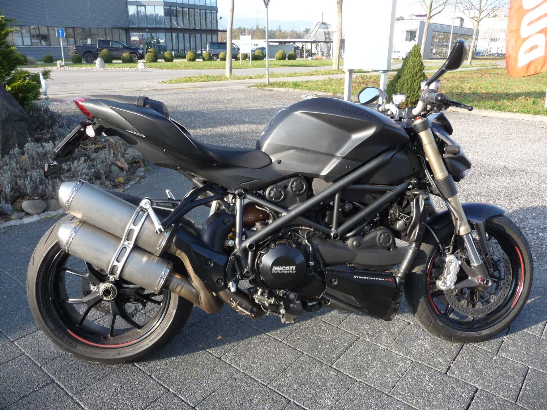 motorrad occasion kaufen ducati 848 streetfighter dark moto kaufmann lyss lyss id 7825141 zeile 2. Black Bedroom Furniture Sets. Home Design Ideas