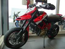 Motorrad kaufen Vorjahresmodell DUCATI 1100 Hypermotard Evo SP (naked)