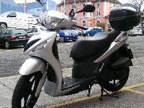 Motorrad kaufen Occasion SUZUKI UX 125 Sixteen (roller)
